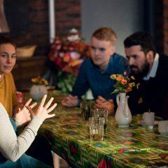 Het Thuismakerscollectief voert het sociaal beheer over het Wachterlied Paviljoen. Een buurthuis in Het Wachterlied Plantsoen (Amsterdam West). Hierbij staat centraal dat het een plek is waar iedereen in de buurt zich thuis kan voelen.  Bekijk de website voor meer informatie en het programma. www.wachterliedpaviljoen.nl.